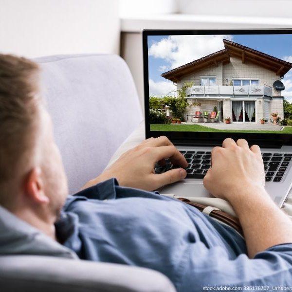 Bei der klassischen Vermarktung verläuft die Vermarktung einer Immobilie häufig nicht anonym, da Daten bereitgestellt werden müssen